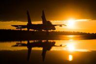 Су-30СМ готовится для полетам во темное минута суток