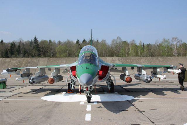 Як-130 ВВС Республики Беларусь с вооружением