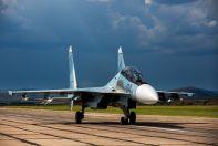 Су-30СМ получи и распишись взлетной полосе