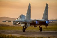 Су-30СМ начинает разбег