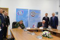 Подписание очередного контракта для поставку Су-30СМ Минобороны России