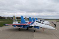 Новые самолеты Су-30СМ «Русских Витязей» нате аэродроме Кубинка